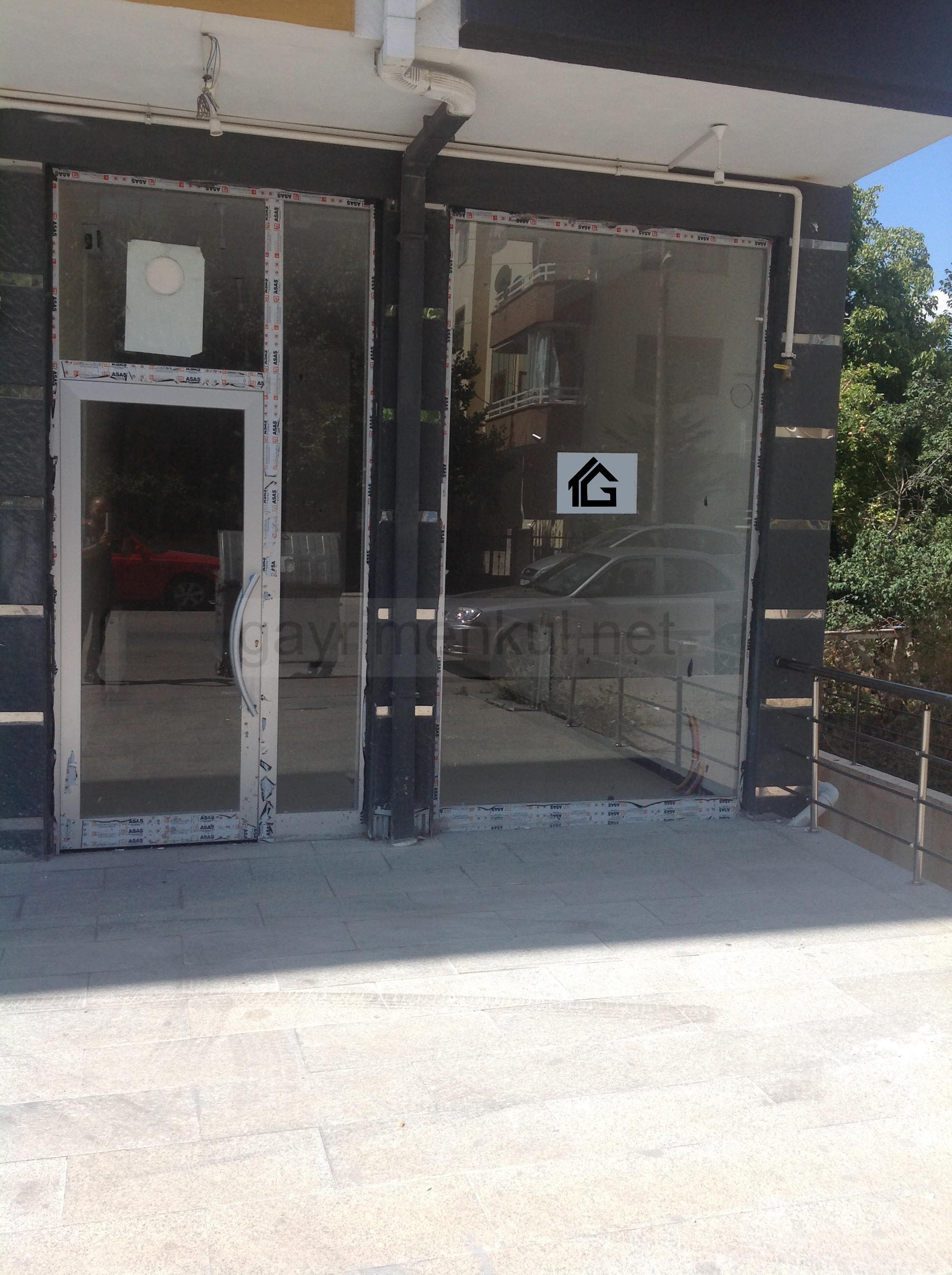 Gölbaşı Cemal Gürsel Caddesine Cephe KİRACILI 38 m2 Satılık Dükkan